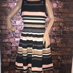 Vince Camuto a line striped dress with pockets